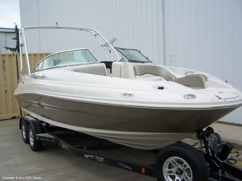 2007 Sea Ray 220 Sundeck - Photo #11