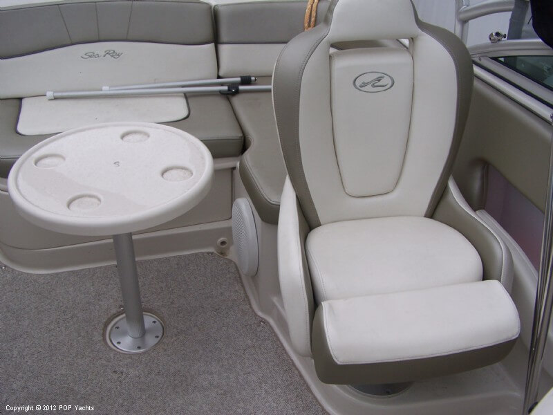 2007 Sea Ray 220 Sundeck - Photo #26
