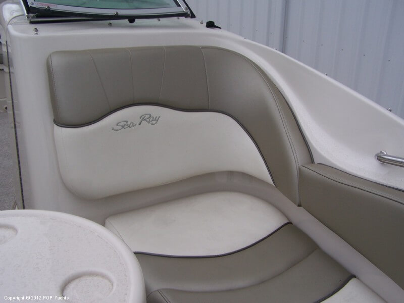 2007 Sea Ray 220 Sundeck - Photo #28