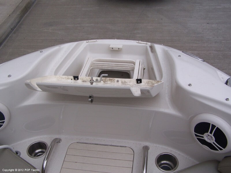 2007 Sea Ray 220 Sundeck - Photo #30