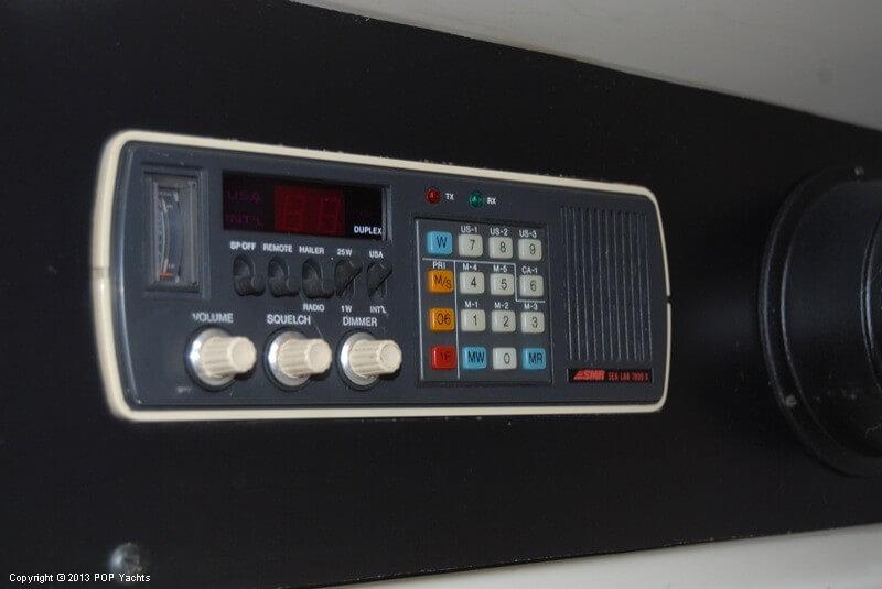 1972 Chris-Craft 47 Commander - Photo #14