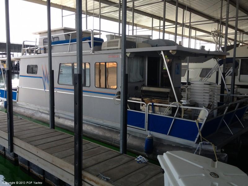1981 Kayot 40 Houseboat - Photo #9