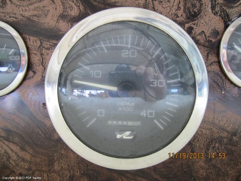 1997 Sea Ray 370 Express - Photo #31