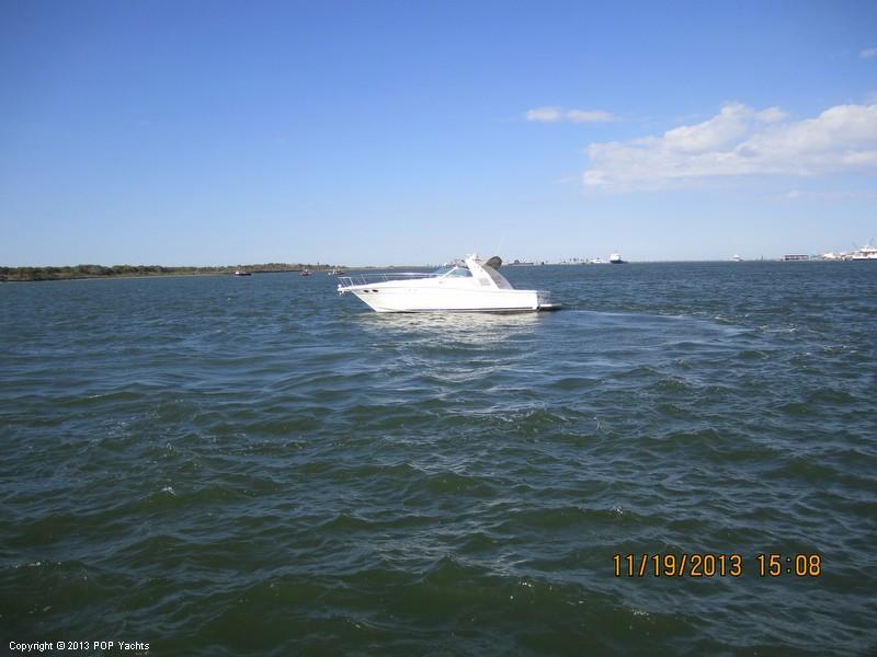 1997 Sea Ray 370 Express - Photo #40