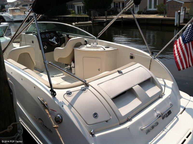 2009 Sea Ray 260 Sun Deck - Photo #12