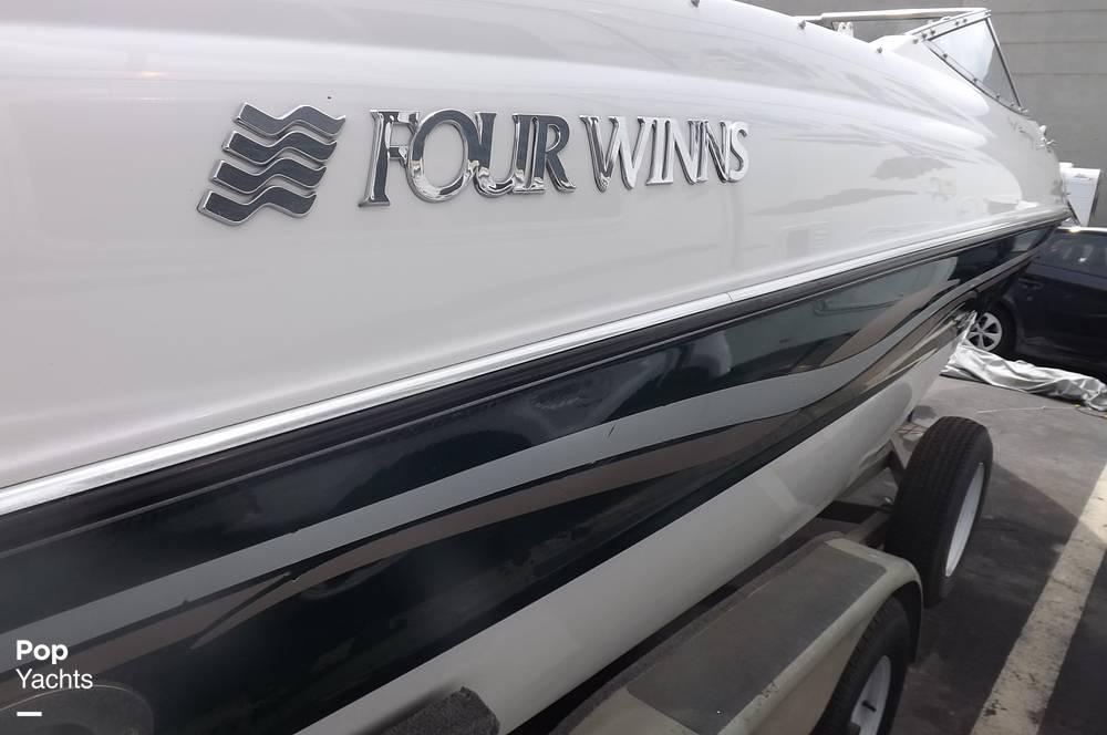 1999 Four Winns 220 Horizon - Photo #16