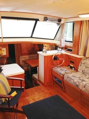 1987 Mainship 36 Nantucket - Photo #12