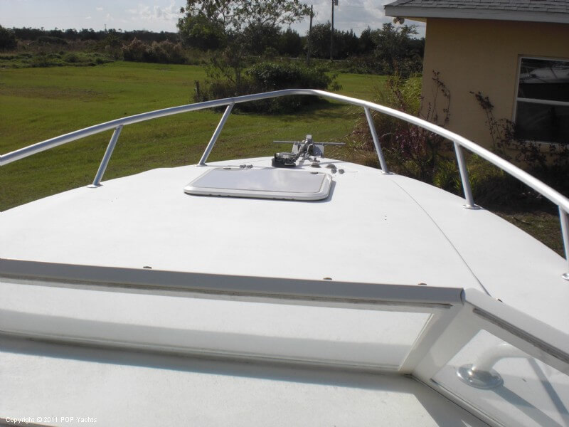 2006 Contender 35 Side Console - Photo #28