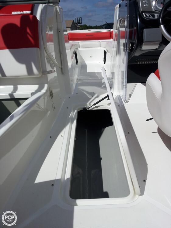 2011 Sea-Doo 230 WAKE - Photo #25
