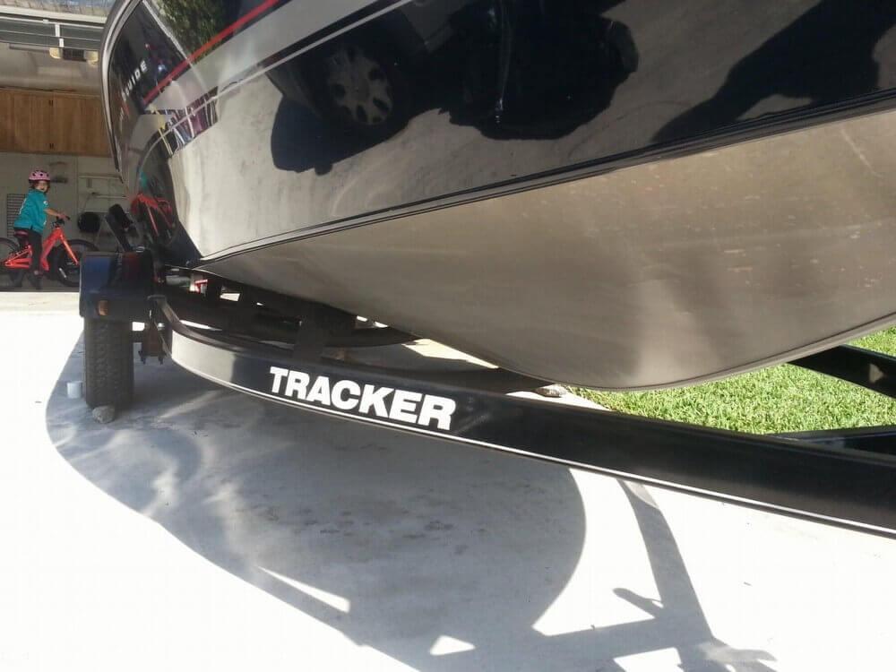 2013 Tracker Super Guide V-16 SC - Photo #29