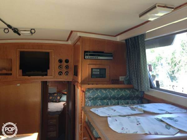 1985 Luhrs 342 SF - Photo #7